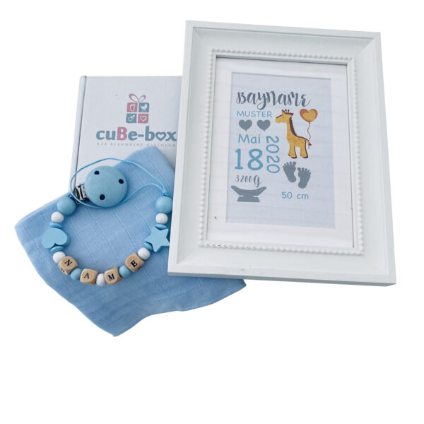 babybox jungen geburtsposter giraffe hellblau gelb scaled