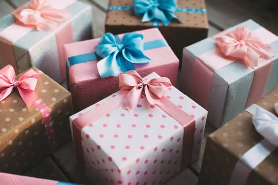 10 sinnvolle babygeschenke cube box.chJPG